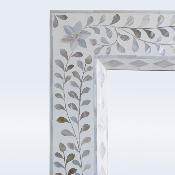 mop inlay white mirror frame